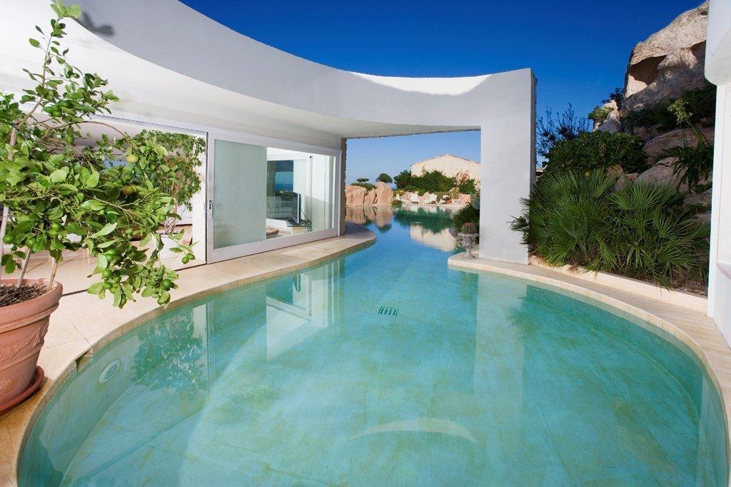 Affitto case vacanza arzachena prestigiosa villa con piscina porto cervo localit porto cervo - Affitto casa con piscina ...
