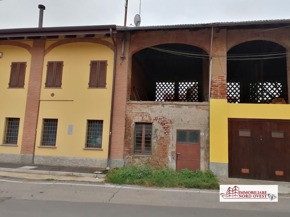 Rustico / Casale in vendita a Cornaredo, 1 locali, prezzo € 30.000 | CambioCasa.it